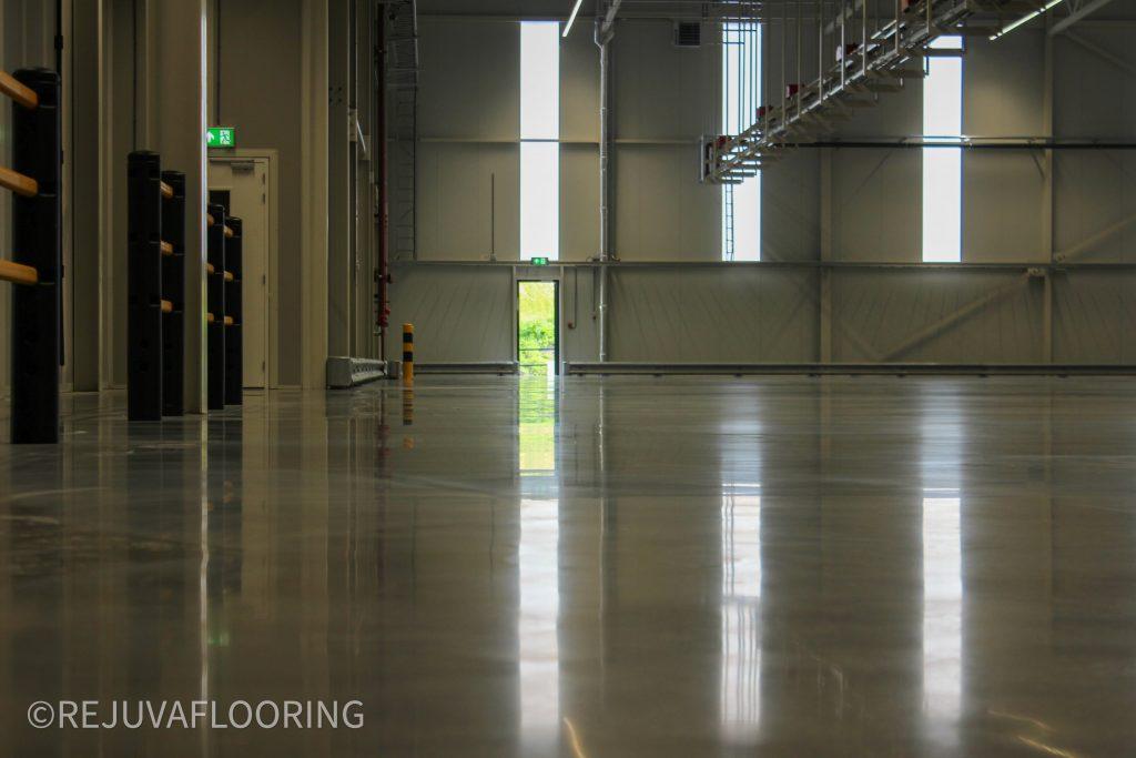 Brighness Concrete Floor